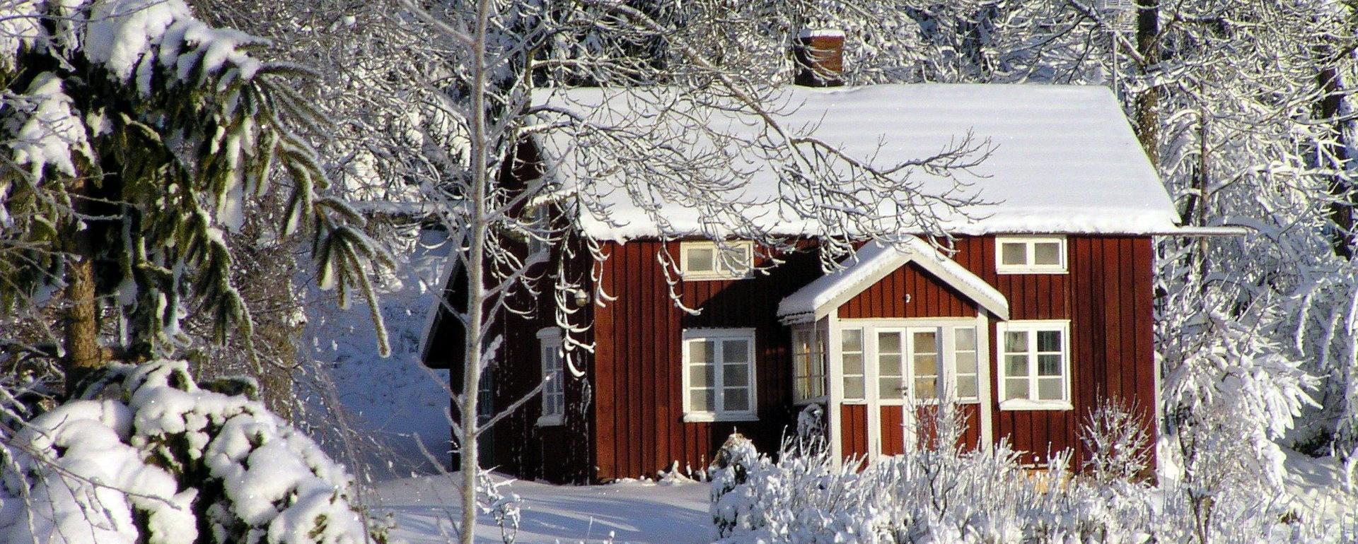 Stuga vinter energi solceller gasol produkter